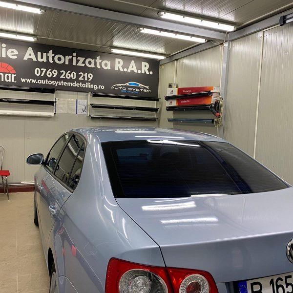 Atelier Montaj profesional Folie Auto geamuri laterale si luneta autorizata rar llumar sector 5 bucuresti auto system